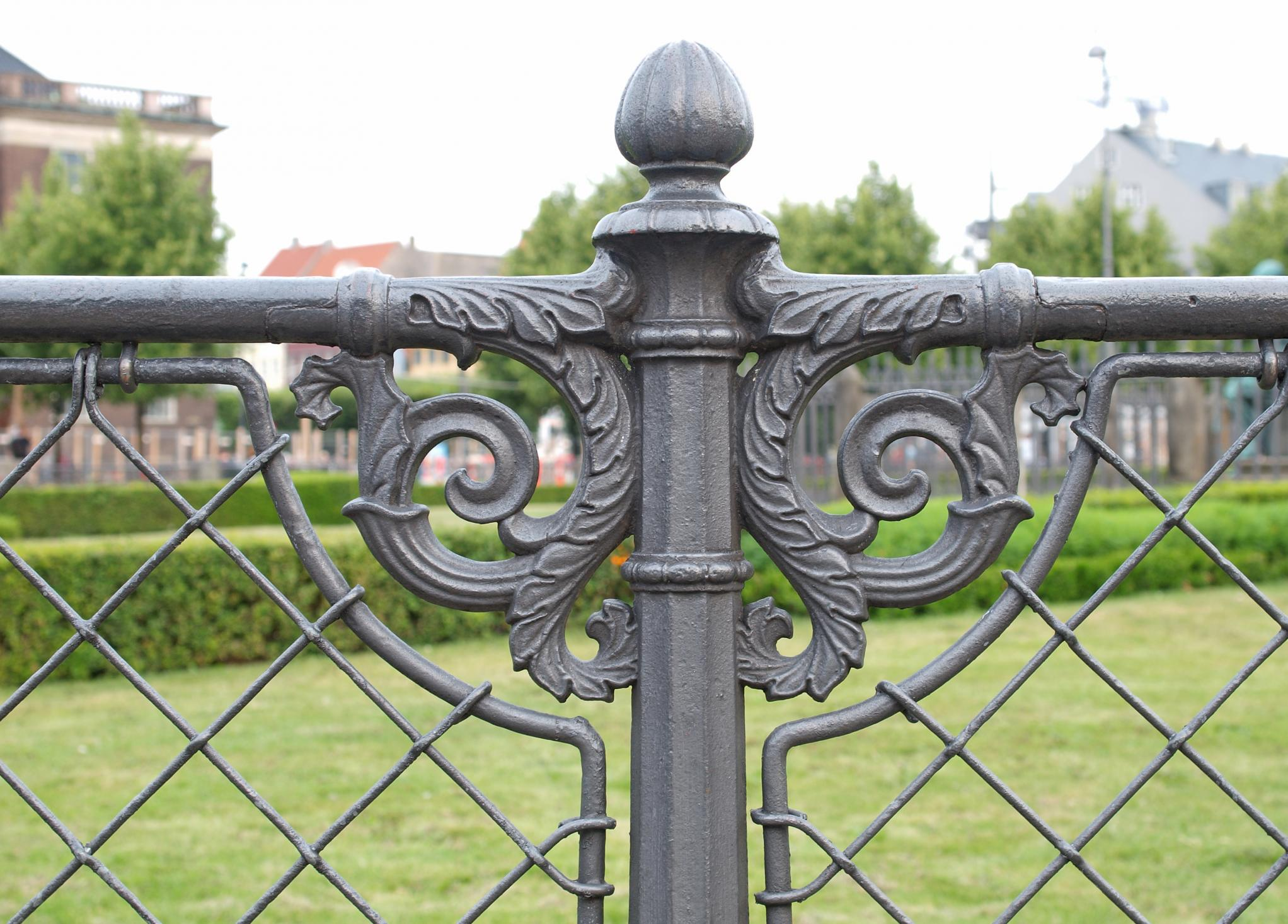 Fencig and Gates Corona - Metal Fencing and Gates