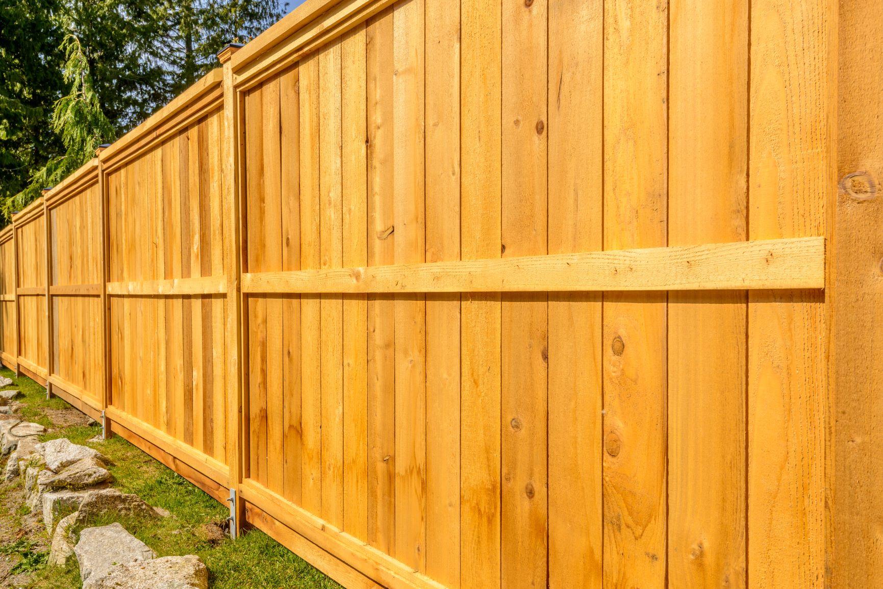 Wood fence Corona